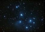 M45 Amas des Pléiades dans le Taureau, par Monique Q.