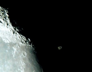 Occultation de Saturne par la Lune, par Maryvonne et Francis R.